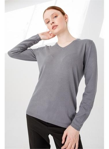 Desen Triko Kadın Lıkralı Uzun Kol Basıc V Yaka Bluz Saks Mavı Gri
